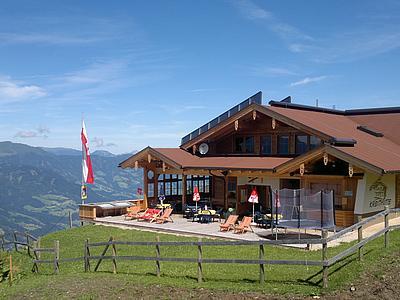 Kreithütte im Sommer
